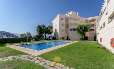 Cozy Apartment with Spacious Terrace & Views in Fuengirola!